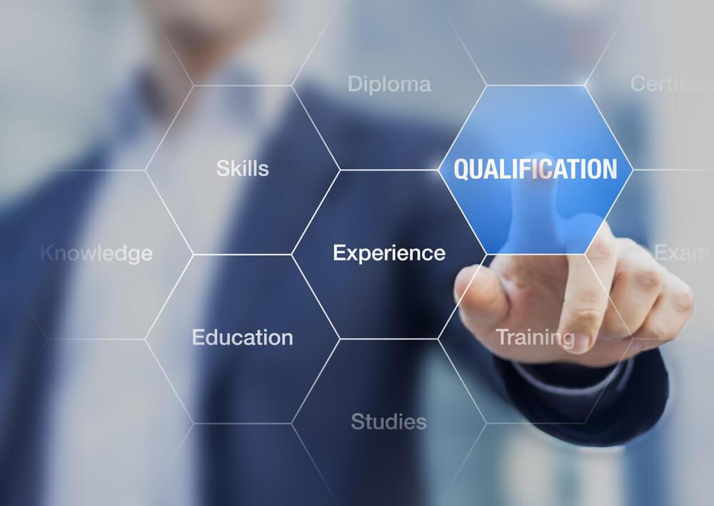 キャリアコンサルタントになるために資格は必要?