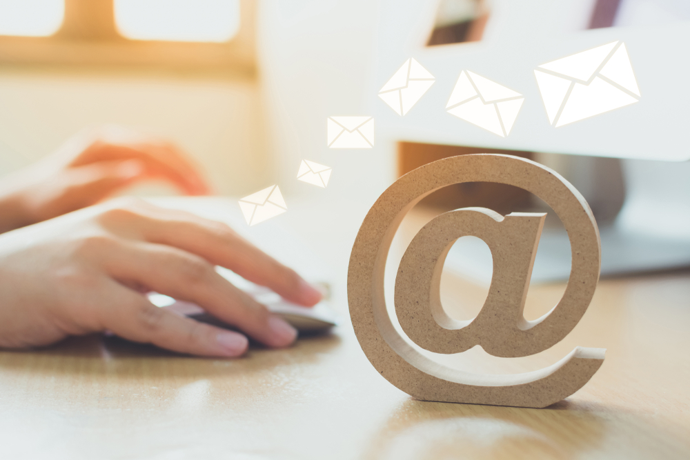 ビジネスメールの基礎