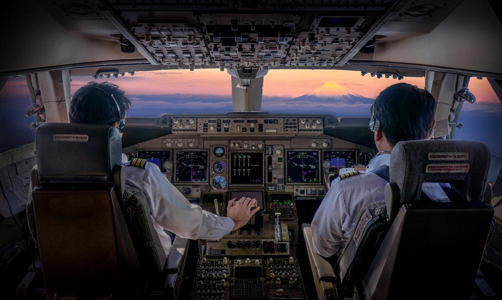 JALパイロットが語る】操縦士の魅力とやりがい|チャンスは全員に ...